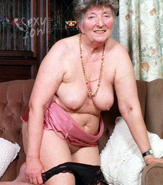 Abuelas y Ancianas cachondas con ganas de sexo